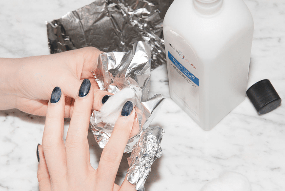 How To Remove Gel Nail Polish Without Foil